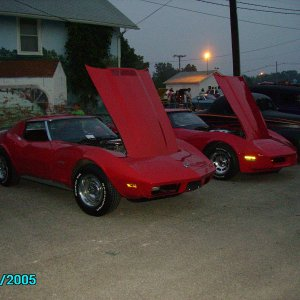 73 & 81 Red vettes