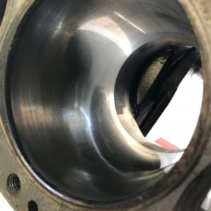 Cylinder_bore_cross_hatch
