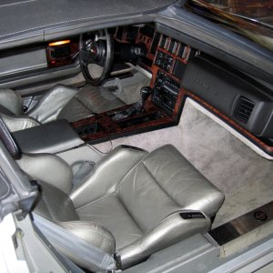 Scotts'  vette-interior