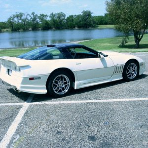 Corvette_Pics_81105_Thompson_Park_017