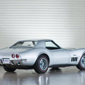 1969chevrolet_corvette-stingray-convertible-c3-19691